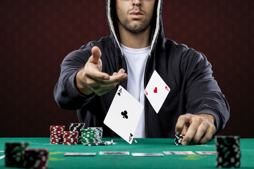 9 Crazy Poker Facts that Will Make You Fold
